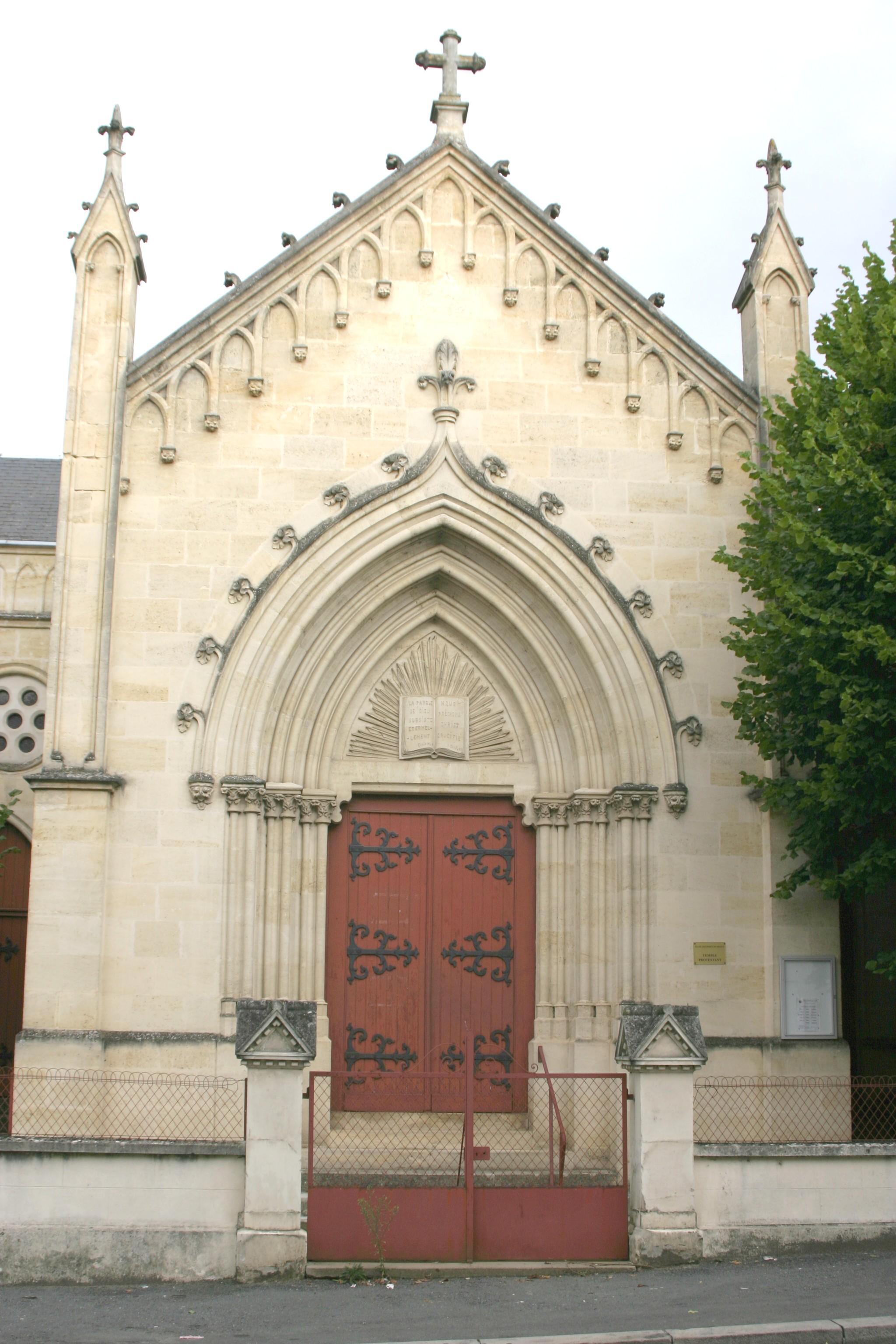 33350-EGLISE PROTESTANTE UNIE DE CASTILLON LA BATAILLE dans 33-Gironde 001-temple-de-castillon-la-bataille-gironde
