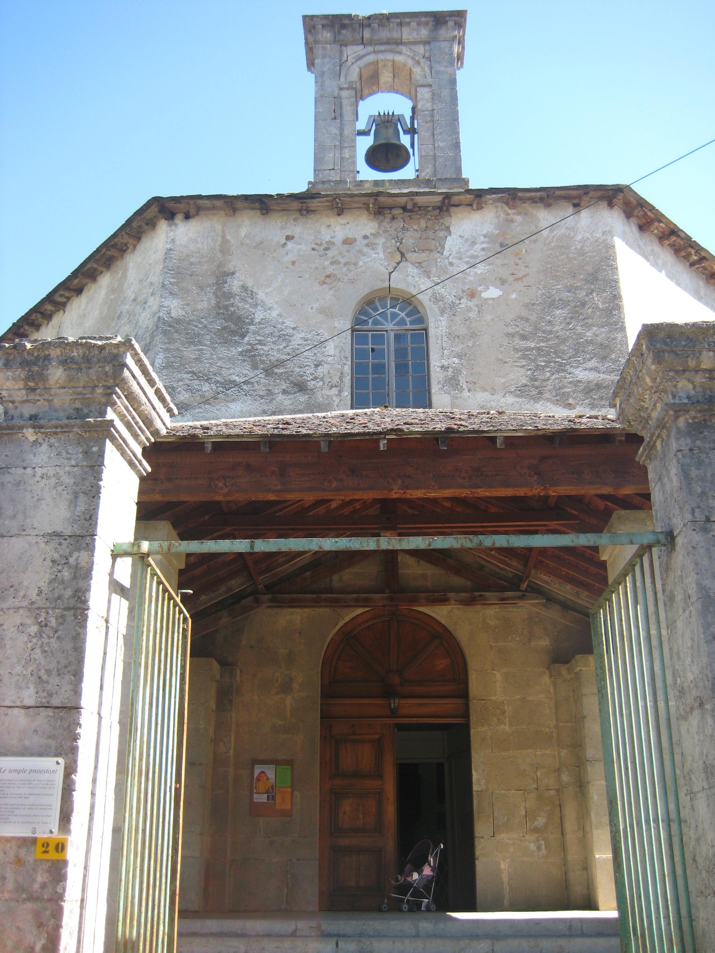 48-temple_meyrueis1 Cévennes dans EGLISES