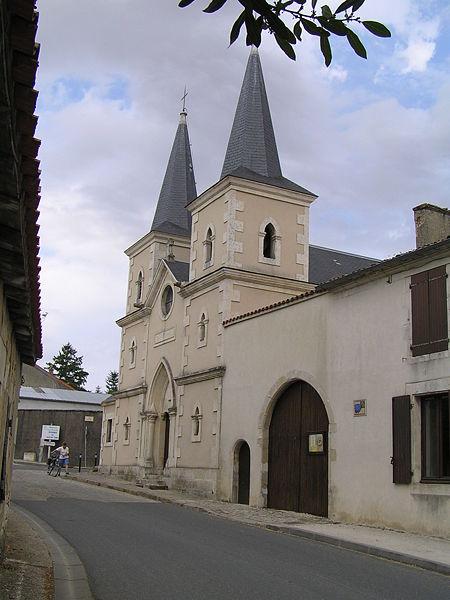 16240-villefagnan dans EGLISES