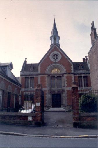Temple de l'Eglise protestante Unie de Saint-Quentin - r